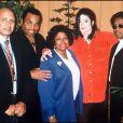 Michael Jackson aux côtés de ses parents, Joseph et Katherine Jackson