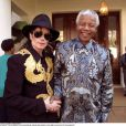 Michael Jackson a rencontré Nelson Mandela en 1999, à Johannesburg