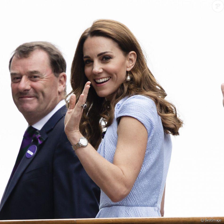 """Le prince William, duc de Cambridge, et Catherine (Kate) Middleton, duchesse de Cambridge, arrivent au tournoi de Wimbledon pour assister à la finale homme """"Novak Djokovic - Roger Federer"""" à Londres, le 14 juillet 2019"""