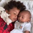 Kim Kardashian partage une photo de ses fils Psalm et Saint le 20 juillet 2019.