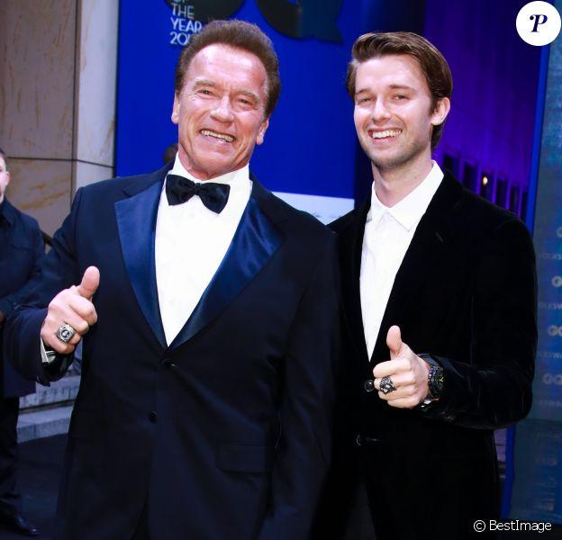 Arnold Schwarzenegger et son fils Patrick lors des GQ Men of the year 2017 à Berlin le 9 novembre 2017.