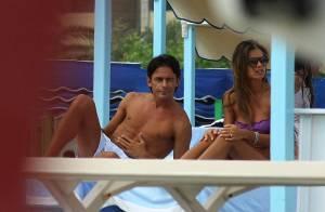 L'attaquant vedette du Milan AC Pippo Inzaghi... bronzette et repos avec son top model !