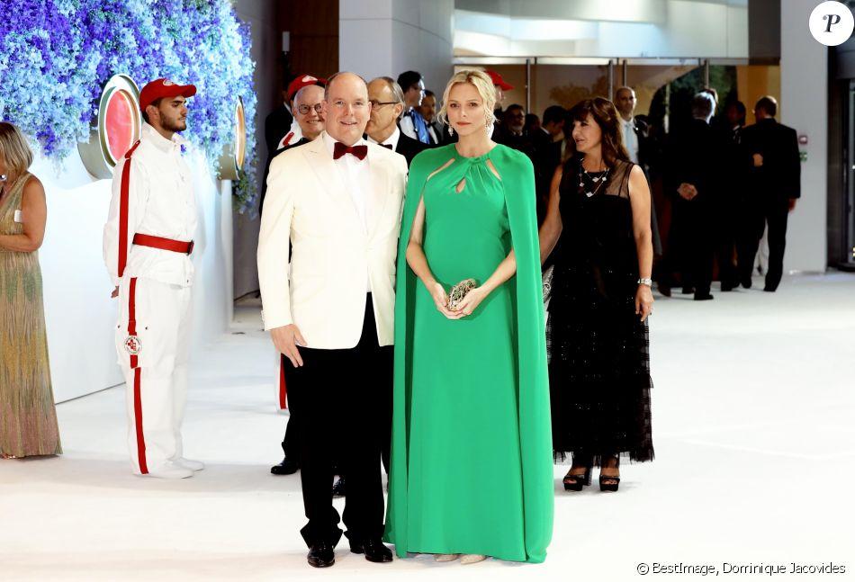 Le prince Albert II et la princesse Charlène de Monaco - Arrivées des people au 71 ème gala de la Croix-Rouge Monégasque à Monaco le 26 juillet 2019. © Dominique Jacovides/Bestimage