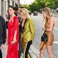 Cara Delevingne, Ashley Benson - Les invités de Zoe Kravitz et de son mari Karl Glusman arrivent au restaurant Lapérouse à Paris pour leur Pre Wedding Party le 28 juin 2019.