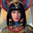 """Katy Perry dans le clip de """"Dark Horse"""". Février 2014."""