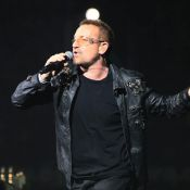 "U2 : Bono reprend ""Man in the mirror"" en hommage à Michael Jackson lors du premier concert monumental du 360° Tour ! Regardez !"