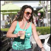 Britney Spears, très souriante... s'est refait une beauté pour son grand retour à Paris !