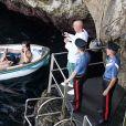 """Exclusif - Heidi Klum et son mari Tom Kaulitz se rendent au célèbre et étonnant site """"grotta Azzurra"""" (grotte bleue) de Capri, accessible uniquement par petits bateaux, le 5 août 2019 à Capri, Italie. En dépit des avertissements, Heidi, ses enfants Helene, Johan, Lou, Henry Samuel, son mari Tom Kaulitz, Bill Kaulitz n'ont pas manqué l'occasion de sauter dans l'eau de la grotte pendant la visite, alors que ceci est totalement interdit et l'amende pour cette infraction peut aller jusqu'à 6000€. A la sortie de la grotte, la police, probablement tenue au courant, prenait des photos du groupe visiblement très humide (Les preuves étaient des cheveux et un maillot de bain mouillé) !!!! ."""