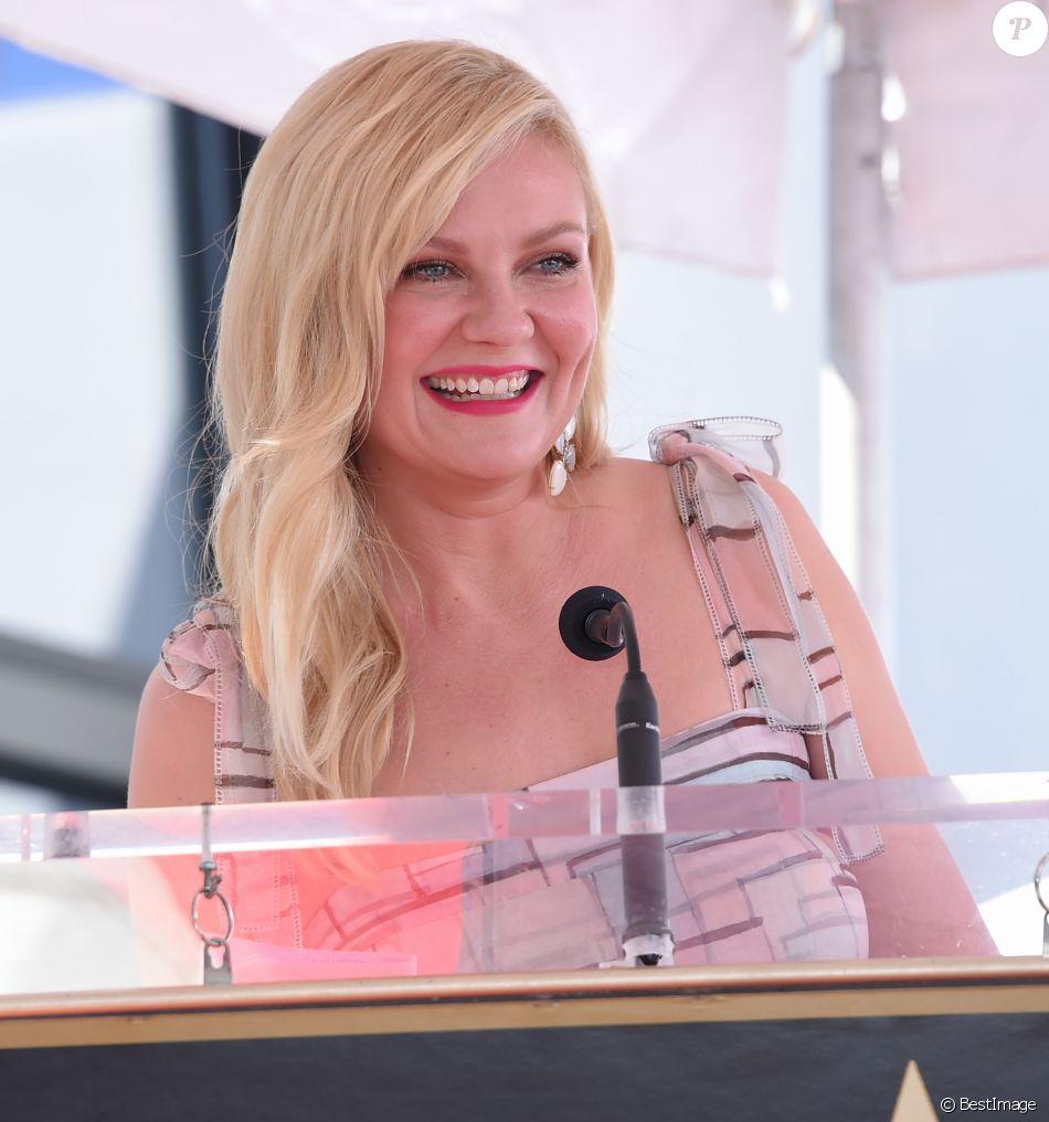 Kirsten Dunst reçoit son étoile sur le Walk of Fame de Hollywood Boulevard à Los Angeles, le 29 août 2019.