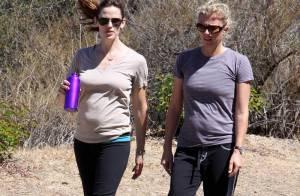 Jennifer Garner : c'est quoi ce petit ventre ? Une future bonne nouvelle... ou un manque de sport ?