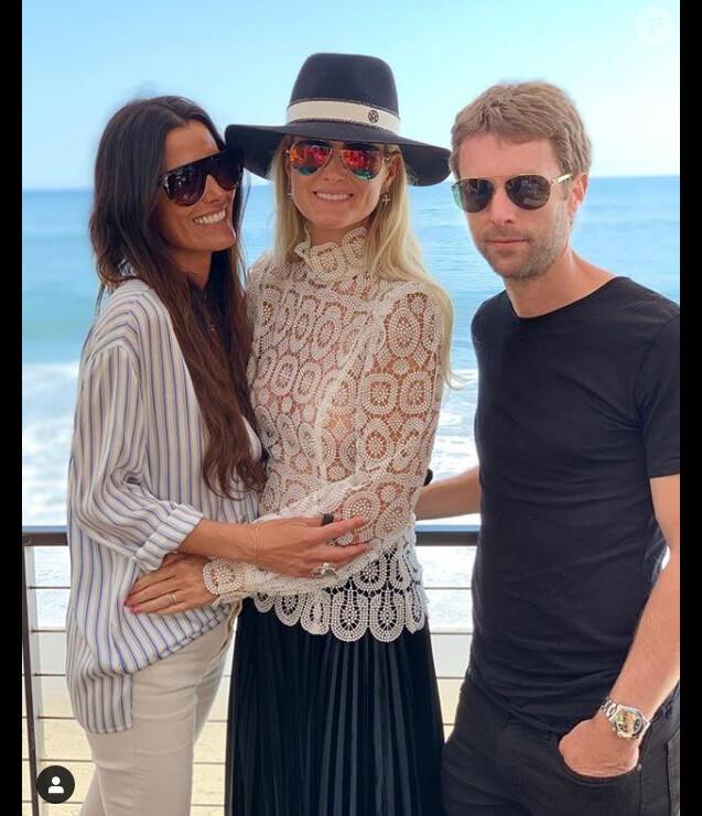 Françoise Thibaut publie une photo de ses enfants Laeticia Hallyday et Grégory Boudou et Maryline Issartier sur Instagram le 23 mars 2019.