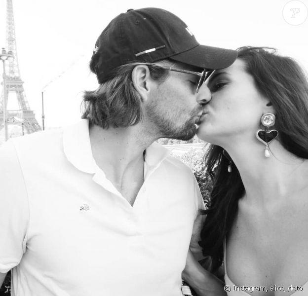 Camille Lacourt et sa chérie Alice Detollenaere, à Paris, le 15 septembre 2019.