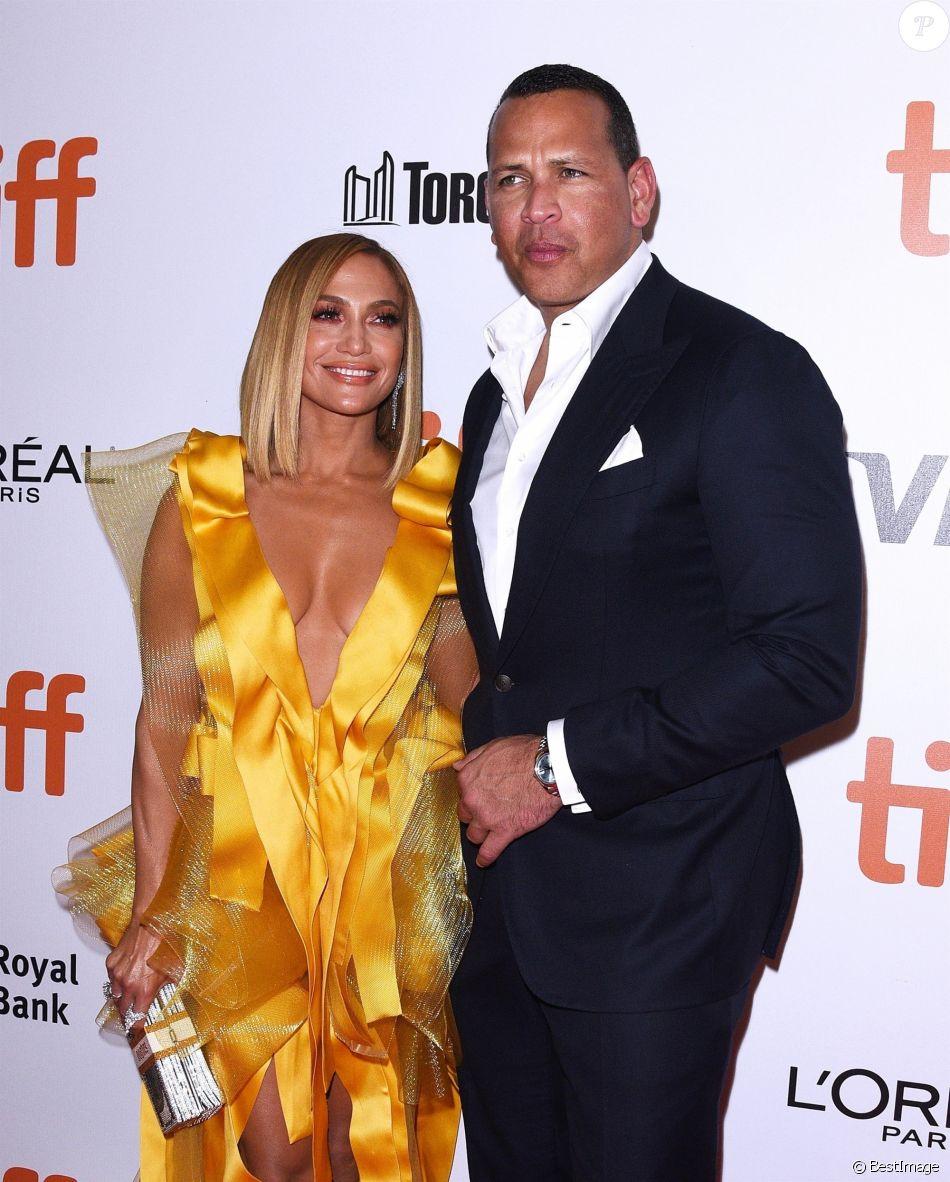 """Jennifer Lopez et son compagnon et fiancé Alex Rodriguez - Tapis Rouge du film """" Hustlers """" lors du Festival International du Film de Toronto 2019 (TIFF), Toronto, le 7 septembre 2019."""