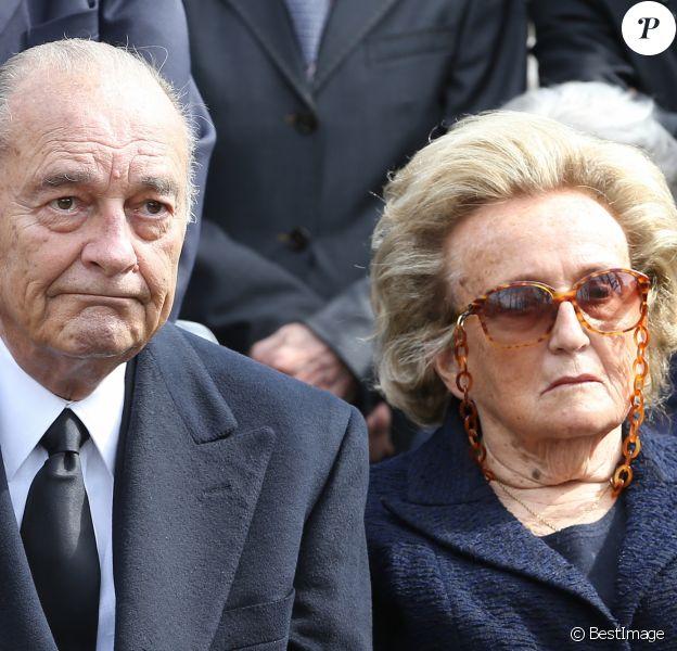 Jacques et Bernadette Chirac - Obseques de Antoine Veil au cimetiere du Montparnasse a Paris. Le 15 avril 2013