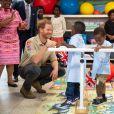 Le prince Harry, duc de Sussex, visite le centre orthopédique princesse Diana à Huambo en Angola, le 27 septembre 2019, au cinquième jour de sa visite en Afrique du Sud.