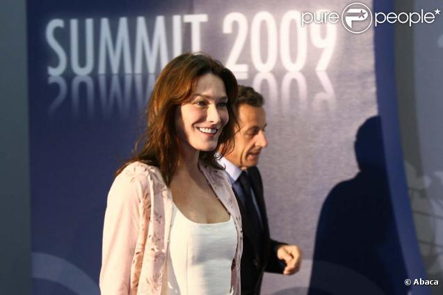 Carla Bruni er son mari à L'Aquila