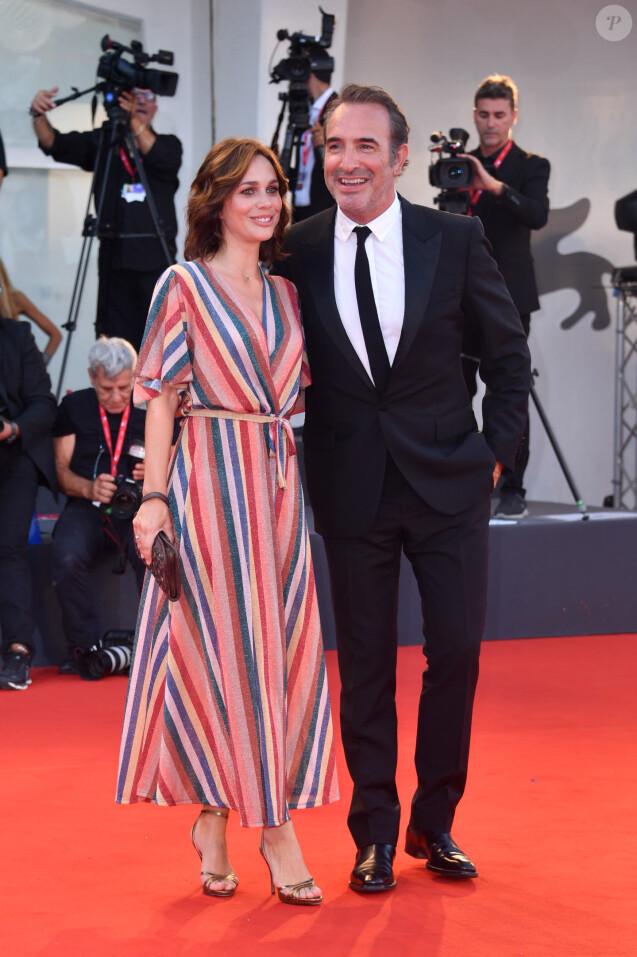 """Jean Dujardin, Nathalie Péchalat - Red carpet pour le film """"J'accuse !"""" lors du 76e festival du film de venise, la Mostra le 30 Août 2019."""