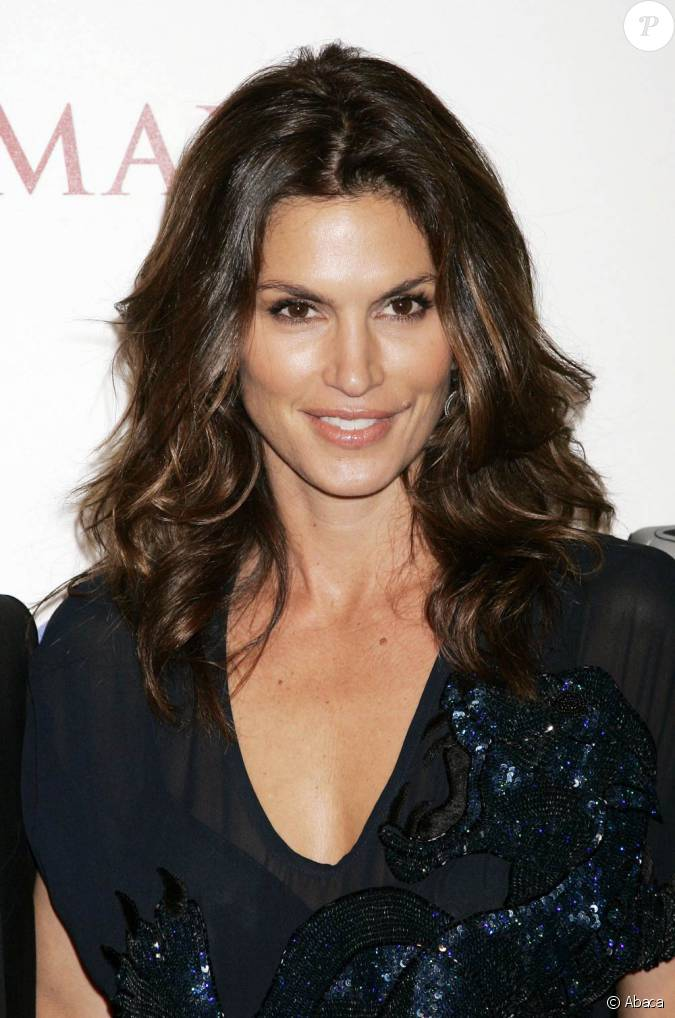 Cindy crawford personne ne peut lui resister for Cynthia marin