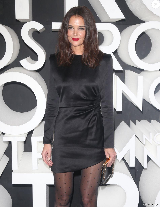 Katie Holmes assiste à la soirée d'ouverture du nouveau magasin de la chaîne Nordstrom à New York, le 22 octobre 2019.