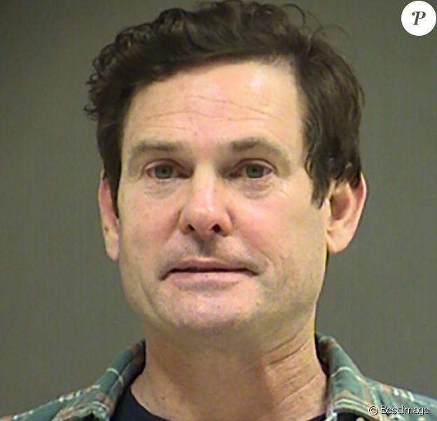 Henry Thomas (le petit Elliott dans le film E.T. l'extraterrestre) a été arrêté pour conduite en état d'ivresse dans l'Oregon le 22 octobre 2019. Ici, le mugshot réalisé après son arrestation.