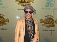 Johnny Depp : Folle nuit rock avec Khloé Kardashian et Sofia Richie