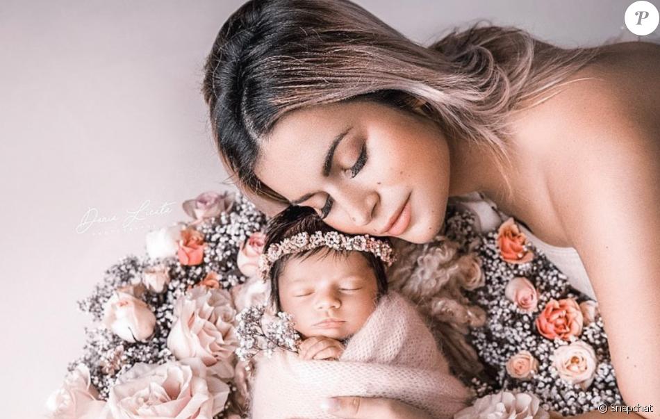 Carla Moreau Et Sa Fille Ruby Le 24 Octobre 2019 Sur