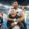 Kylian Mbappé et Presnel Kimpembe lors de Paris Saint-Germain - Liverpool FC en Ligue des Champions au Parc des Princes à Paris le 28 novembre 2018. © Cyril Moreau/Bestimage