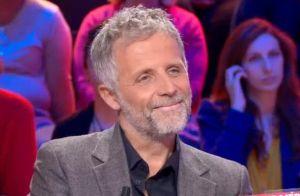 Stéphane Guillon : Sourire pincé en évoquant son divorce d'avec Muriel Cousin