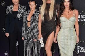 Kim, Kourtney et Khloé Kardashian divines à une cérémonie et des tensions ?