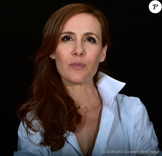 Exclusif - Noémie de Lattre - Les comédiens de la pièce de théâtre 'Le gai mariage' à Paris le 29 juillet 2015, seront au Casino de Paris à la rentrée septembre.