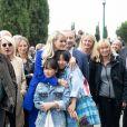 Laeticia Hallyday et ses filles Jade et Joy inaugurent une esplanade portant le nom de Johnny Hallyday située en face du Zénith de Toulouse, le 15 juin 2019, date hautement symbolique puisque le rockeur aurait eu 76 ans. © Frédéric Maligne/Bestimage