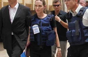 Angelina Jolie, en tenue de combat pour rencontrer les réfugiés irakiens ! Elle est vraiment sur tous les fronts !