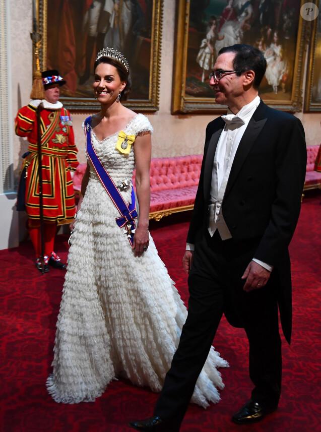 Kate Middleton, duchesse de Cambridge et le Secrétaire du Trésor des Etats-Unis, Stephen Mnuchin - Donald Trump reçu par la reine Elisabeth II d'Angleterre lors d'un dîner d'Etat à Buckingham Palace, à Londres. Ce banquet fut organisé dans le cadre d'une visite de trois jours dans la capitale britannique du président américain. Le 3 juin 2019.