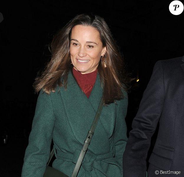 Pippa Middleton et son mari James Matthews se rendent à l'église St-Luke à Londres, le 4 décembre 2019.