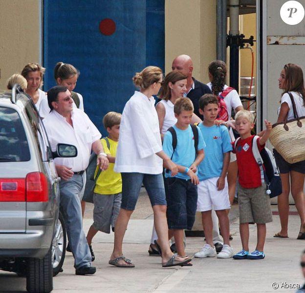 Cristina et Elena d'Espagne en vacances à Majorque avec leurs enfants (juillet 2009)