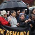 """Jane Fonda assiste à la manifestation """"Fire Drill Friday"""" à Washington, le 22 novembre 2019. L'actrice âgée de 81 ans qui s'est installée à Washington pour lutter contre le changement climatique a promis de manifester sur les marches du bâtiment du Capitole tous les vendredis jusqu'à fin janvier."""