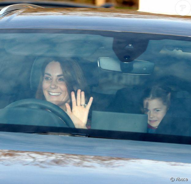 Kate Middleton et sa fille Charlotte - La famille royale arrive au palais de Buckingham pour le traditionnel déjeuner de Noël de la reine Elizabeth, le 18 décembre 2019.