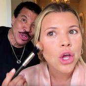 Lionel Richie : Il s'incruste dans le tuto maquillage de sa fille Sofia
