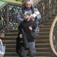 Semi-exclusif - Nabilla Benattia et son mari Thomas Vergara quittent leur domicile avec leur fils Milann et leur ami garde du corps Kamel Guenfoud pour se rendre à la gare de Lyon pour prendre un train pour Genève, le 8 novembre 2019.