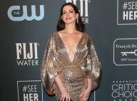 Anne Hathaway : Décolleté XL et paillettes, un mois après avoir accouché
