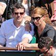 Herve Mathoux et sa femme Maryline Olivie - Jour 10 - People aux Internationaux de France de tennis de Roland Garros lors du match de Jo-Wilfrid Tsonga contre Roger Federer le 4 juin 2013.