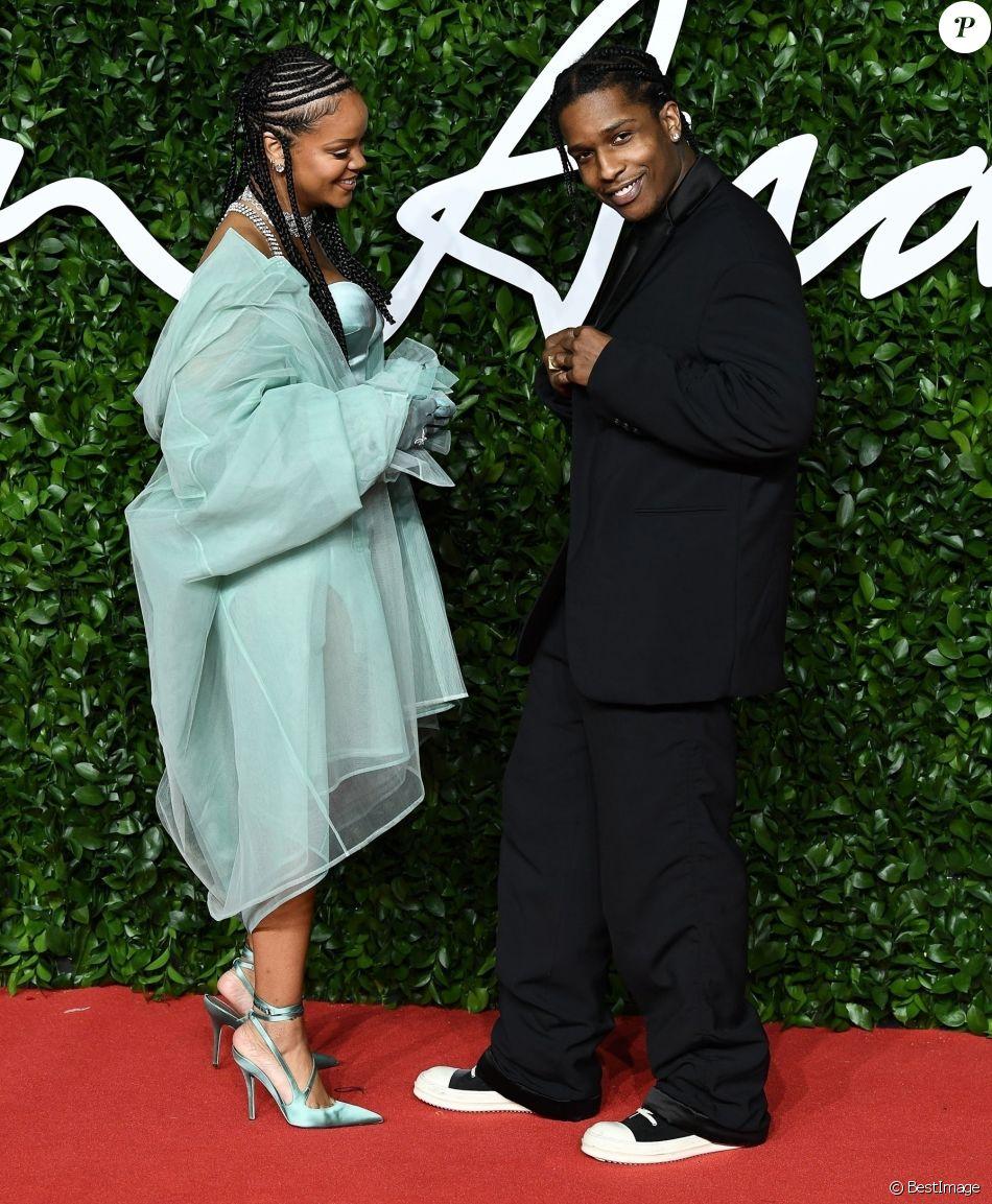 A peine séparée d'Hassan Jameel, Rihanna déjà dans les bras d'un ex