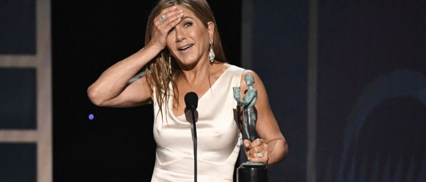 Brad Pitt et Jennifer Aniston, le retour de flamme ? Tactiles aux SAG Awards