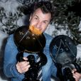 """Michaël Youn (Grand Prix OCS et Prix Globes de la presse pour """"Divorce Club"""") dans la press room du 23ème festival international du film de comédie de l'Alpe d'Huez, le 18 janvier 2020. © Cyril Moreau/Bestimage"""