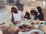 Kim Kardashian : Petit déjeuner en famille, rare photo de sa maison