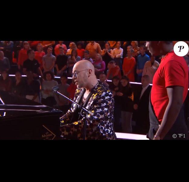 """Tom et Pascal Obispo - Extrait de l'émission """"The Voice"""" diffusée samedi 8 février 2020, TF1"""