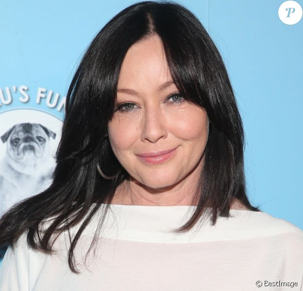 "Shannen Doherty annonce la rechute de son cancer - Shannen Doherty au photocall des 9e ""American Humane Hero Dog Awards"" à Los Angeles, le 5 octobre 2019."