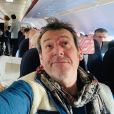 Jean-Luc Reichmann coincé dans un avion pour se rendre au Festival de Luchon, le 7 février 2020