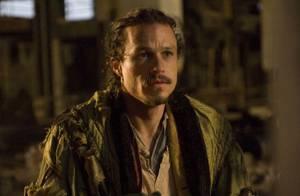 Heath Ledger tire sa révérence... entouré de Johnny Depp, Colin Farrell et Jude Law ! Regardez !