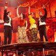"""Soprano, Claudio Capéo, Jenifer, Amel Bent, Kendji Girac et Nolwenn Leroy. Photo officielle du concert des Enfoirés 2020 """"Le Pari(s) des Enfoirés"""" à l'AccorHotels Arena à Paris. Il sera diffusé sur TF1 le 6 mars 2020."""